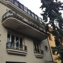 b289-balustrada-i-portfenetry-kute
