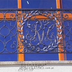 balustrady-balkonowe-zewnetrzne-metalowe-kuta-b127a