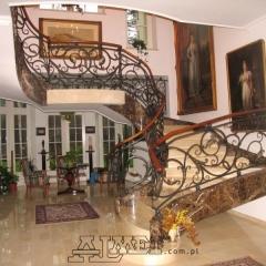 balustrady-porecze-schodowe-drewninane-pozlacana-mosiezna-albanski-marmur-b162a