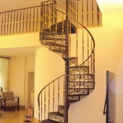 schody-metalowe-z-balustrada-g309